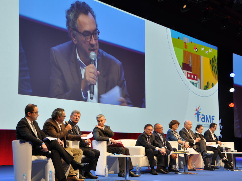 Intervention de Pierre Jarlier en plénière lors du Congrès des Maires 2016.